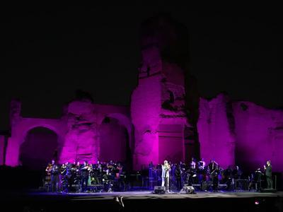 De Gregori sinfonico conquista Caracalla