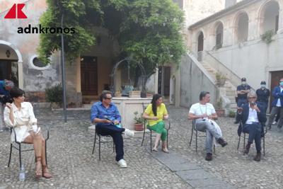 Muccino dallo Jonio al Tirreno con Raul Bova e Rucio Munos Morales - Video