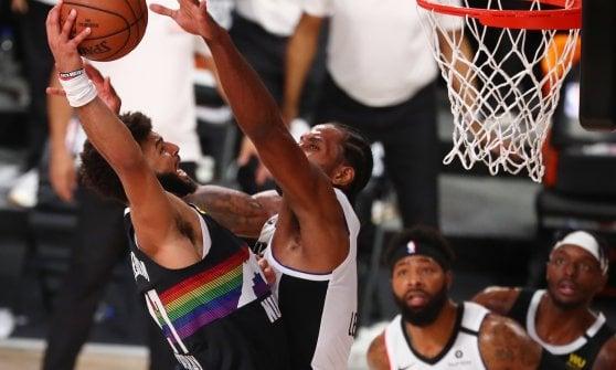 Basket Nba, playoff: Boston vede la finale, Clippers comanda su Denver