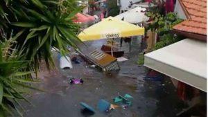 Gli allagamenti causati dallo tsunami