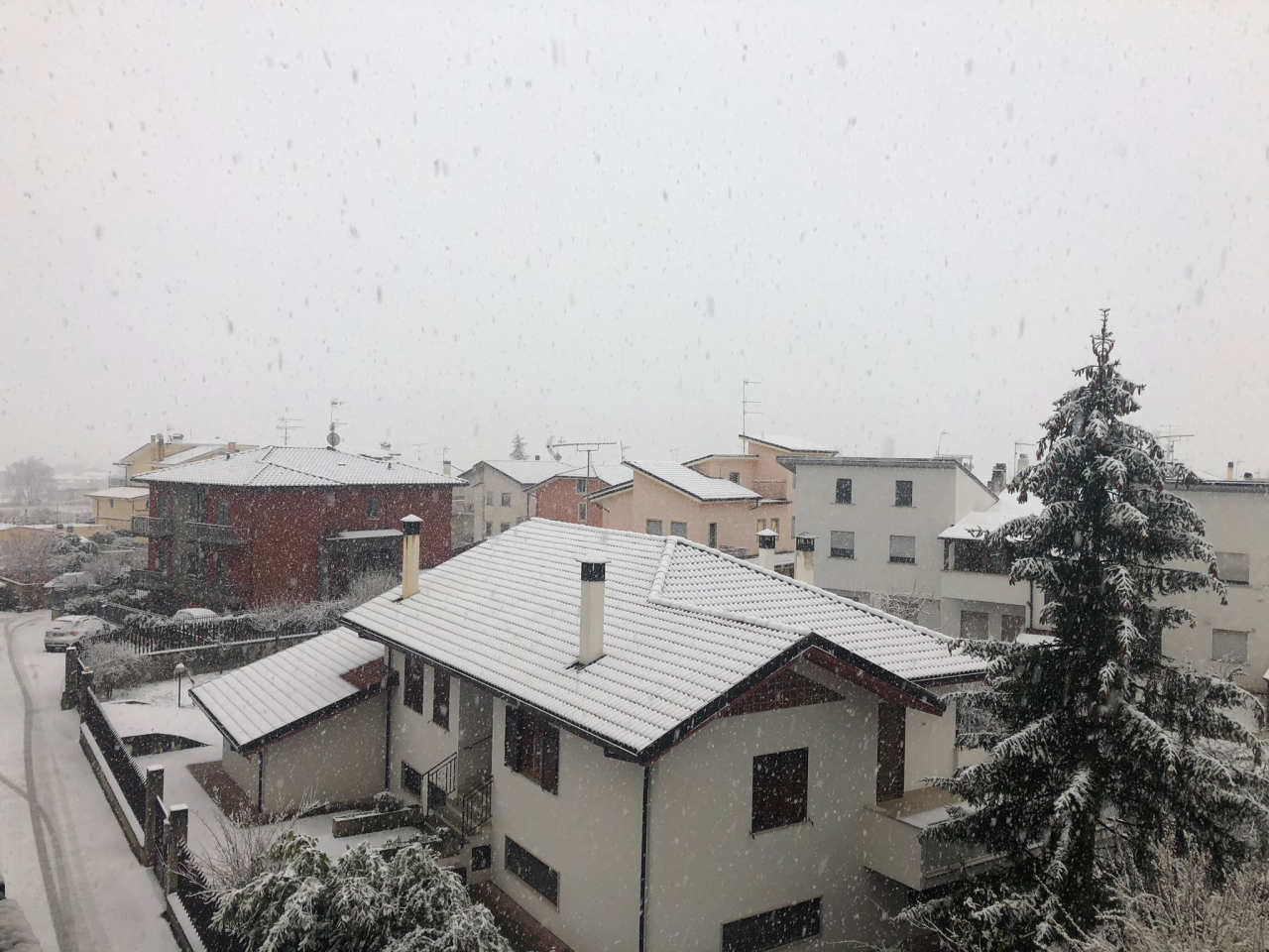 La neve questa mattina all'Aquila