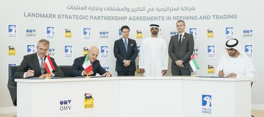 Eni, accordo negli Emirati per acquisizione 20% diAdnocRefining