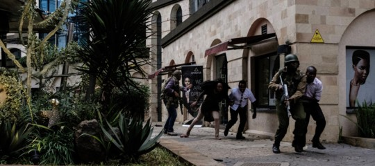 Kenya: aumenta il bilancio delle vittime dell'attacco a Nairobi, 21 morti