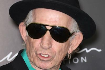 Keith Richards: Più facile liberarsi dell'eroina che della nicotina