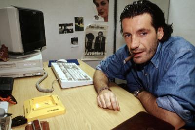 Morto Enrico Nascimbeni, cantautore e noto giornalista